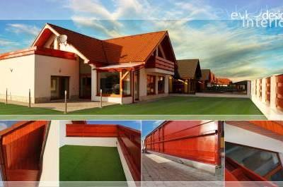 V spolupráci s EVK interier studio <br /> Exteriér: plot, zámkova dlažba, fasáda, kamenný obklad na cokli, umelý trávnik na terase. <br /> Interiér: veľkoformátová dlažba, kamenné obklady, sadrokartónové stropy, murovaný varný ostrov.