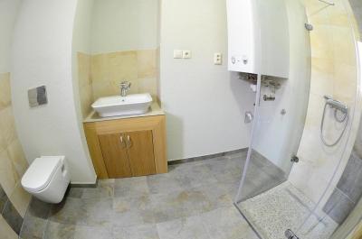 Kompletná rekonštrukcia kúpeľne v tehlovej bytovke, Spišská Nová Ves